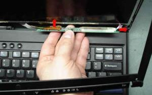 Analisa Kerusakan Pada LCD Laptop